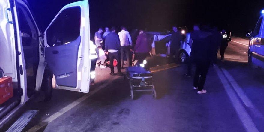 Yunak'ta Trafik Kazası: 6 Yaralı