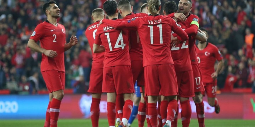 Türkiye-Fransa Maçına Büyük İlgi