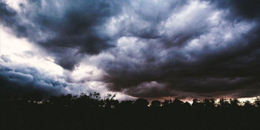 Konya İçin Kuvvetli Rüzgar Ve Fırtına Uyarısı