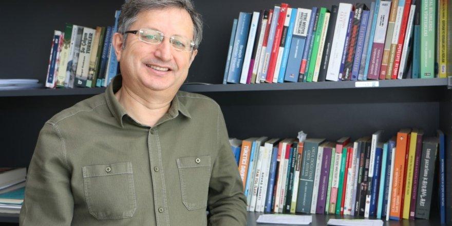"""Dr. Büyükdoğan: """"Sosyal CEO'lar, şirketlere itibar kazandırıyor"""""""