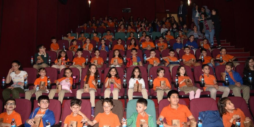 Konya'da sinemaya gitmeyen öğrenci kalmayacak