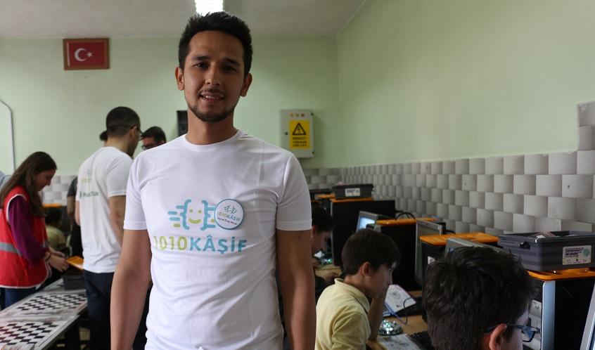 Konyalı öğrencilere robotik ve kodlama eğitimi