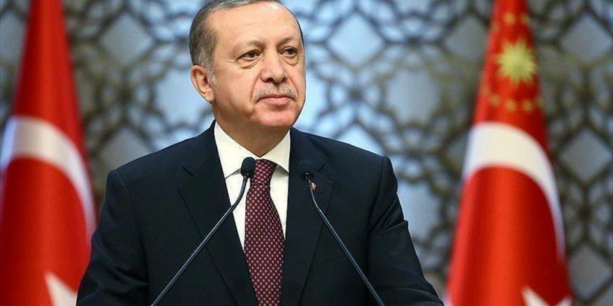 Cumhurbaşkanı Erdoğan, Necip Fazıl'ı 'Canım İstanbul' Şiiriyle Andı