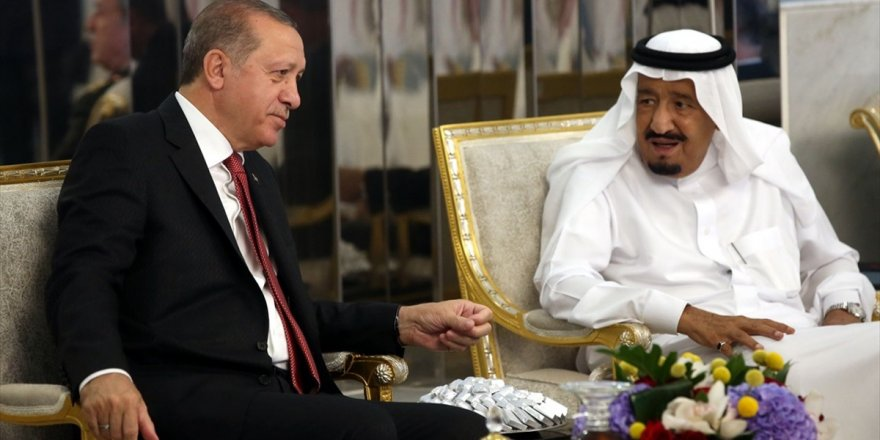 Cumhurbaşkanı Erdoğan İle Suudi Arabistan Kralı Selman Görüştü