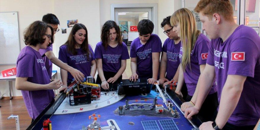 'Karidesten Uzaya' Projesi Dünya Şampiyonluğu Getirdi