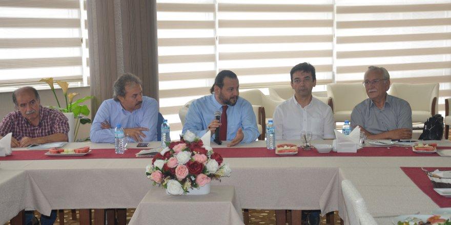KMÜ Rektörü Akgül Basınla Buluştu
