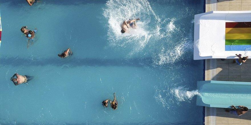 Havuza Gireceklere 'Enfeksiyon' Uyarısı