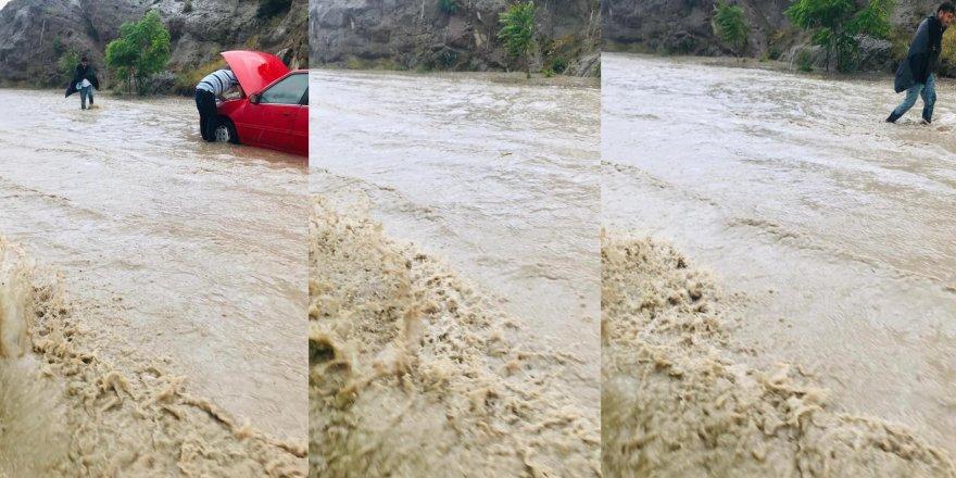 Sille'de sağanak yağış sele neden oldu