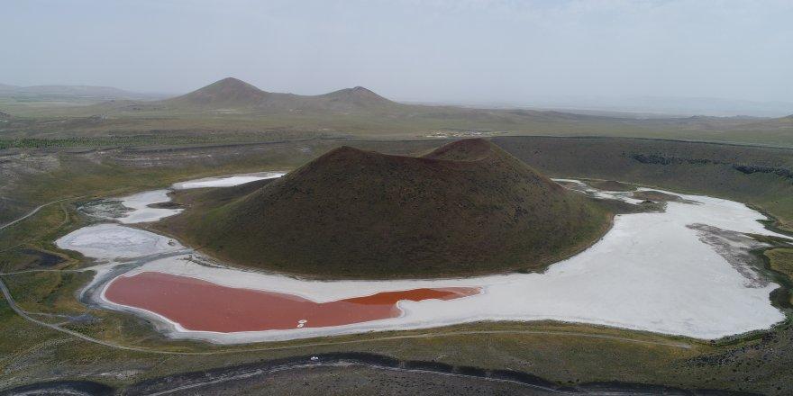 Meke Gölü ve Acı Göl'ün jeopark alanı olarak tescillenmesi çalışmaları