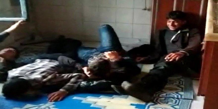 Konya'da metruk evde 70 kaçak Suriyeli yakalandı