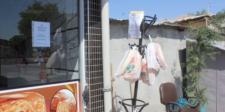 Karapınar'da Askıda Ekmek Uygulaması