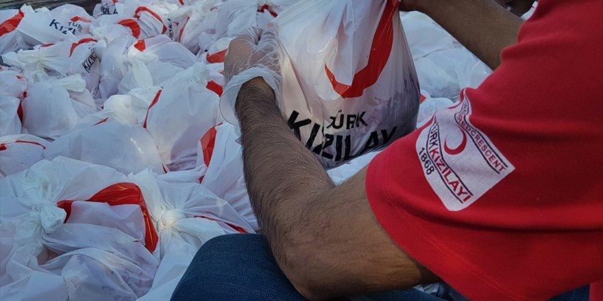 Türk Kızılay 51 Ülkede Kurban Eti Dağıtıyor