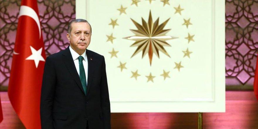"""Cumhurbaşkanı Erdoğan'dan """"15 Temmuz"""" Paylaşımı"""