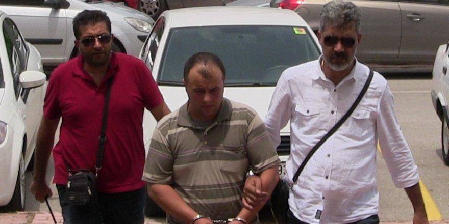 Alacağı olan gencin babasını vurup annesini rehin alan şahıs tutuklandı