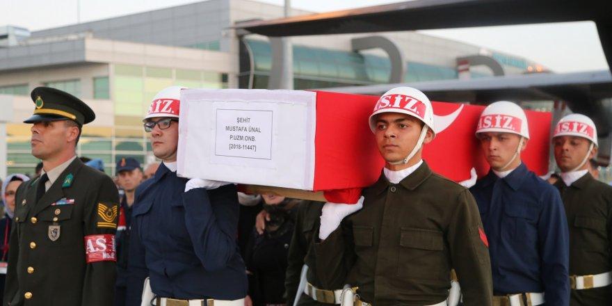 Pençe-2 Harekatı'nda Şehit Olan Askerin Naaşı Konya'ya Getirildi