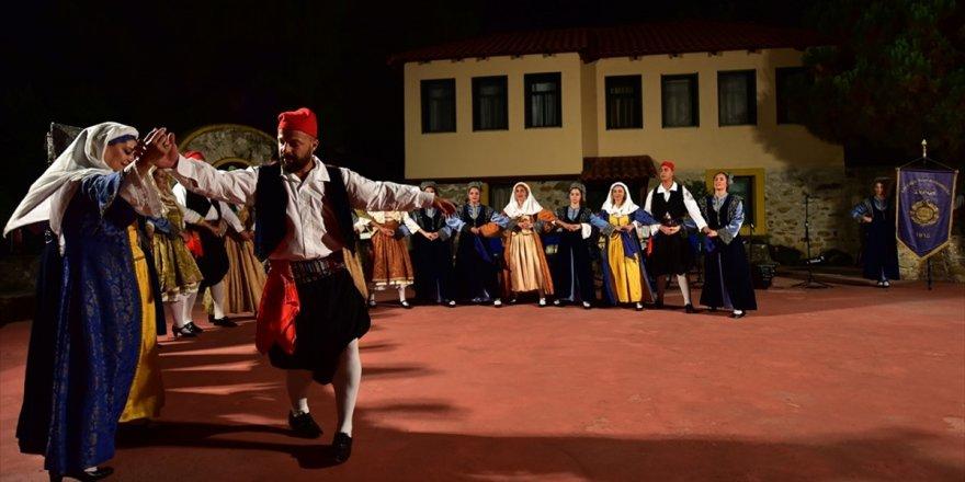 Yunanistan'da 'Kapadokya'nın Geleneklerini' Yaşatıyorlar