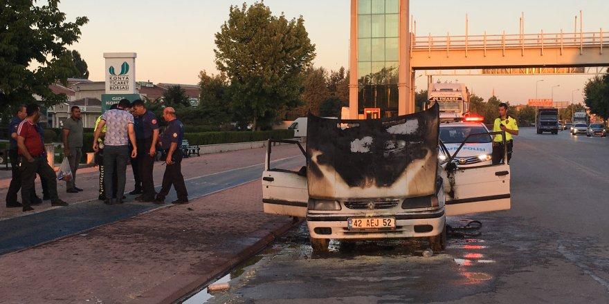 Konya'da Otomobil Yangını