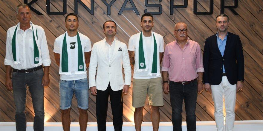 Konyaspor potada imza şov yaptı