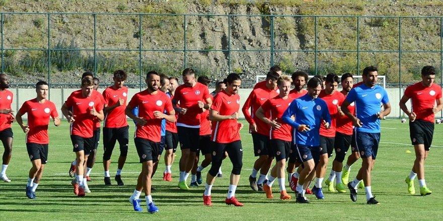 Antalyaspor Sezona 'Gençleşerek' Giriyor
