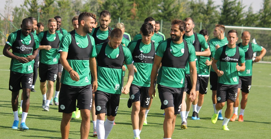 Konyaspor, Galatasaray Karşısında 3 Puana Hasret