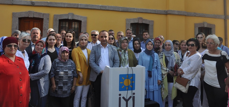 """Başkan Tozoğlu, """"Toplumsal mücadele başlatmalıyız"""""""