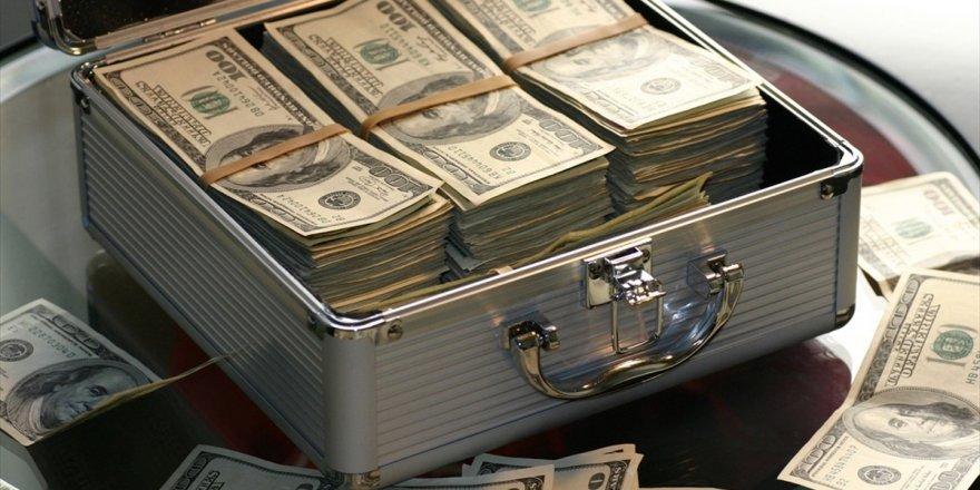 Dolar/tl, 5,7360 Seviyesinden İşlem Görüyor