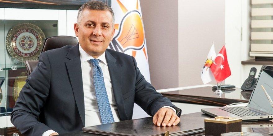 Musa Arat, AK Parti'den isifa etti