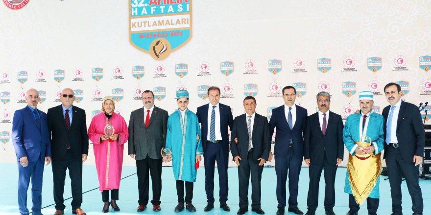 """""""Yılın Ahi Çırağı"""" Konya'dan çıktı"""