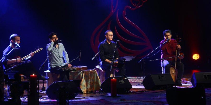 İranlı Alireza Ghorbani Konya'da Sahne Aldı