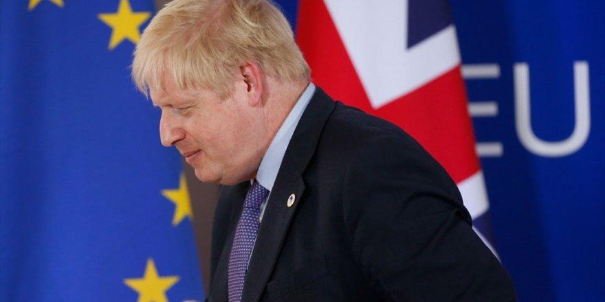 Johnson Ab'den İmzasız Mektupla Brexit Ertelemesi İstedi