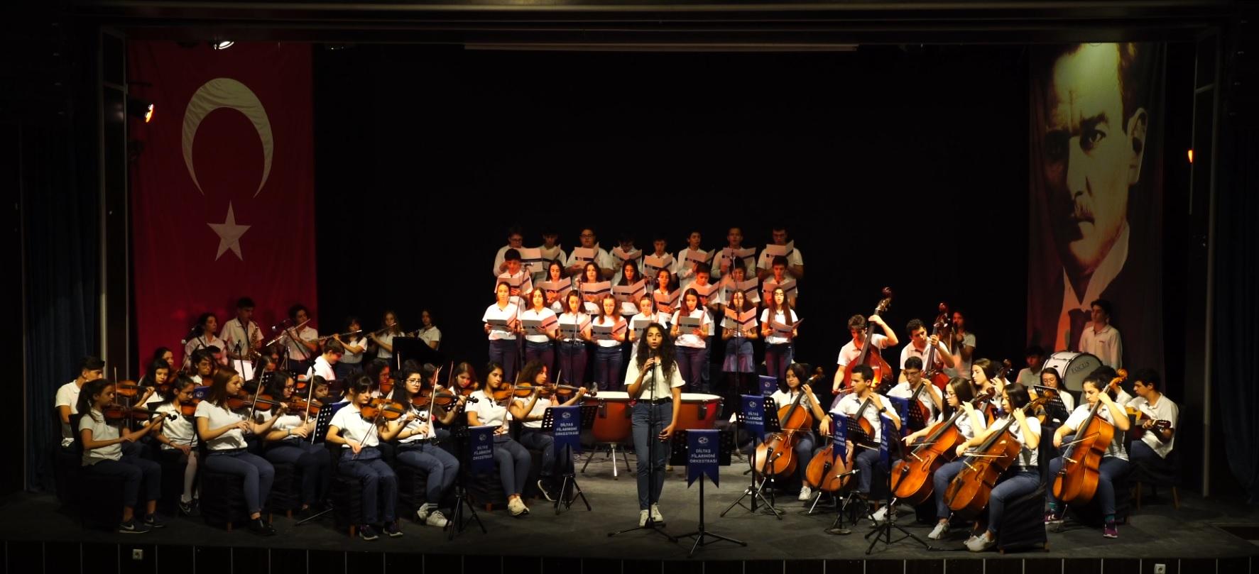 Diltaş, muhteşem bir konserle Mehmetçiği selamlıyor