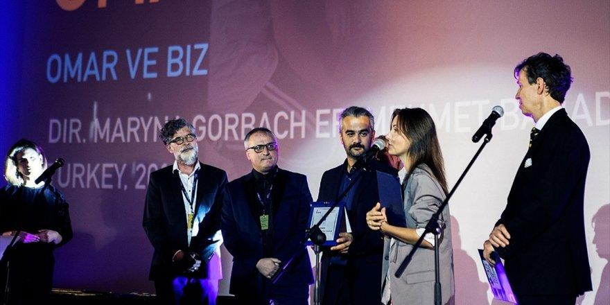 'Omar Ve Biz' Varşova'dan 'En İyi Film' Ödülüyle Döndü