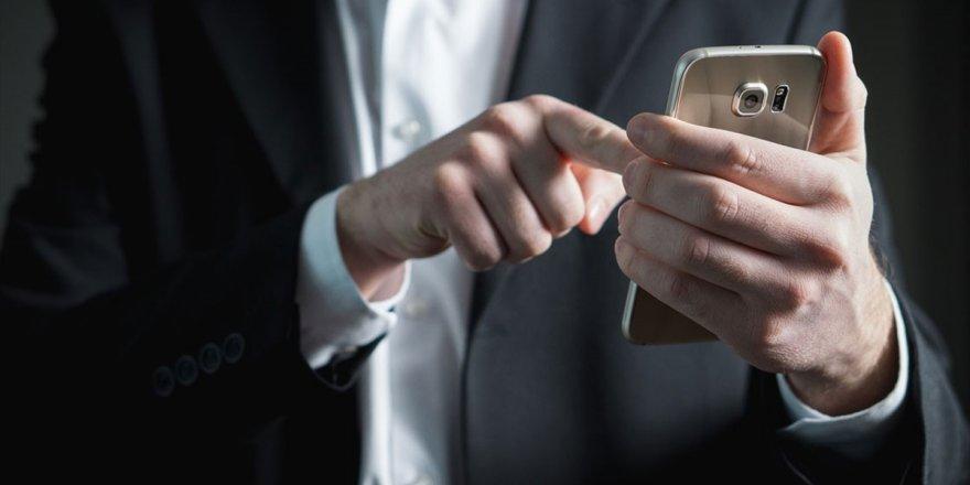 Nomofobi Her 15 Dakikada Bir Telefona Baktırıyor