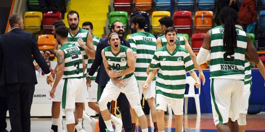 Konyaspor Basketbol evinde kazandı
