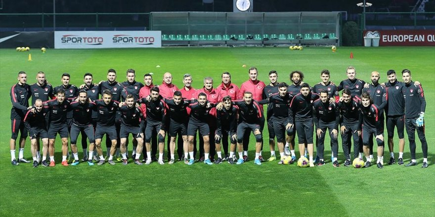 Türkiye, Euro 2020 Bileti İçin Sahada