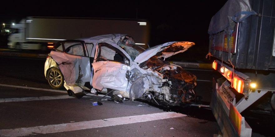 Konya'da Tır Otomobille Çarpıştı: 1 Ölü, 2 Yaralı