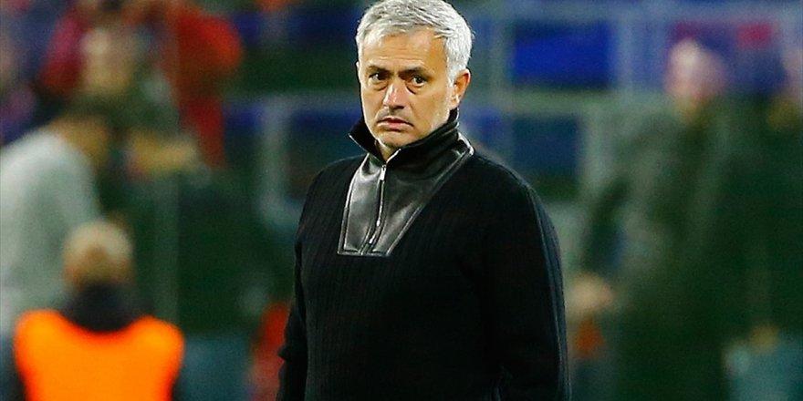 Tottenham'da Teknik Direktörlüğe Mourinho Getirildi