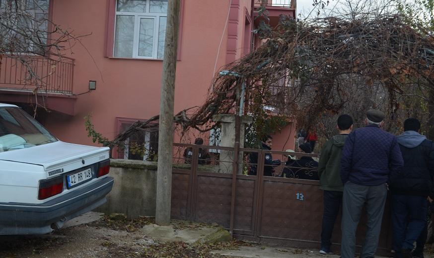 Ilgın'da Ev Yangını: 4 Yaralı