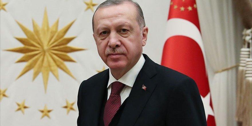 Erdoğan'dan Cezayir Cumhurbaşkanı Tebbun'a Tebrik Telefonu
