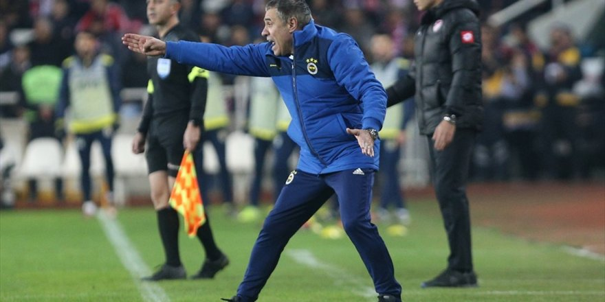Ersun Yanal, Fenerbahçe'de İlk Dönemini Aratıyor