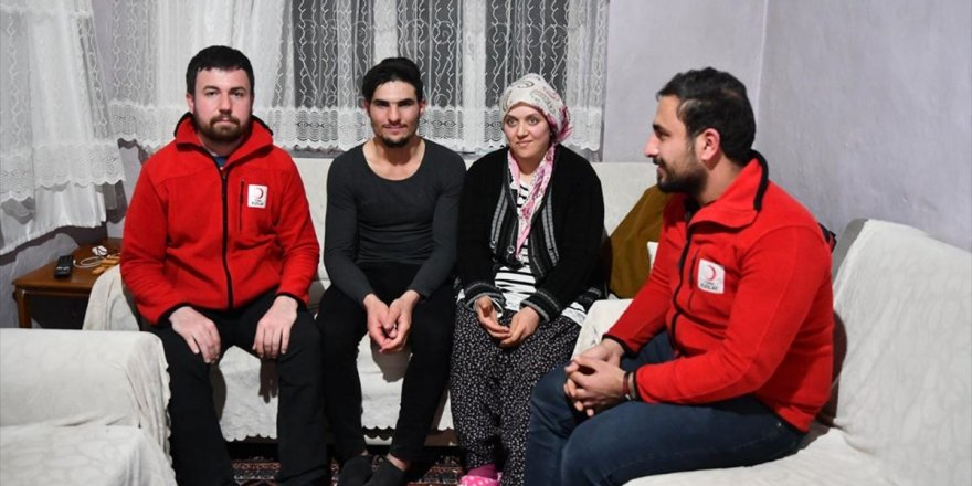 Depremzedeleri Kurtaran Suriyeli Gencin Ailesine Kavuşması İçin Harekete Geçildi