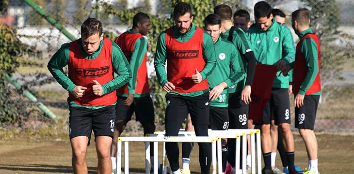 Konyaspor'da izin uzatıldı