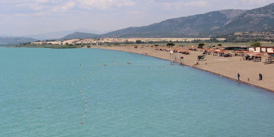 Beyşehir'de Karaburun Plajı'na Karavan Kamping Alanı Kurulacak
