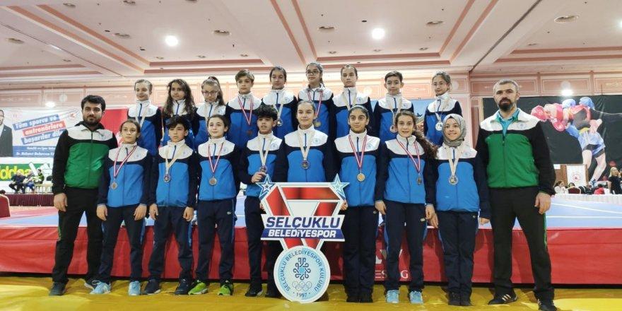 Türkiye Şampiyonasına  SELÇUKLU DAMGASI