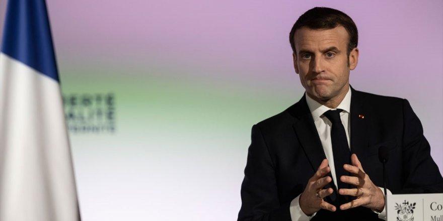 Fransa Cumhurbaşkanı Macron: Esed Rejiminin İdlib'de Sivil Halka Düzenlediği Saldırıları Şiddetle Kınıyorum