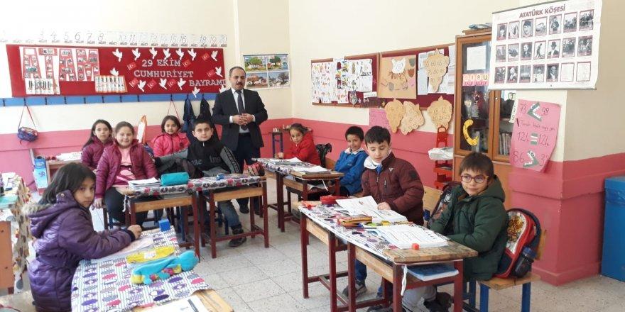 İşcan'dan Okullara Bir Dizi Ziyaret