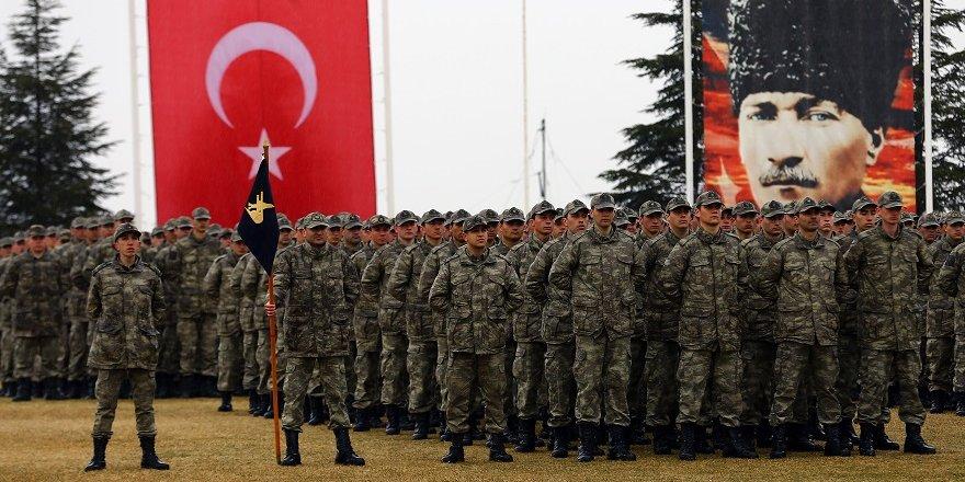 Hava Savunma Okulu ve Eğitim Merkezi Komutanlığında bin 150 asker yemin etti