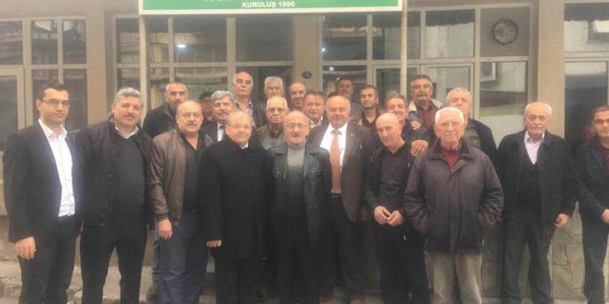 İzmir'de yaşayan Beyşehirlilerle buluştu