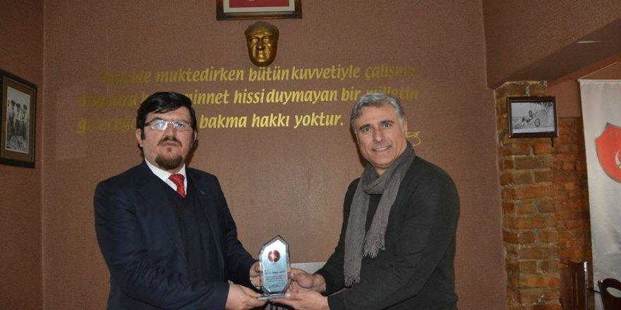 Gönül Gözü Derneği Genel Başkanı Devriş Ahmet Şahin, Temad sohbetlerine konuk oldu.