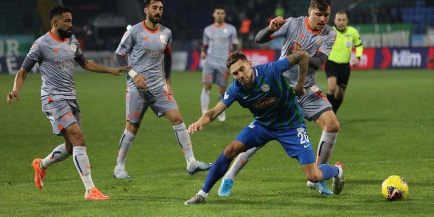 Medipol Başakşehir, Çaykur Rizespor'u Yenerek Liderliğe Yükseldi